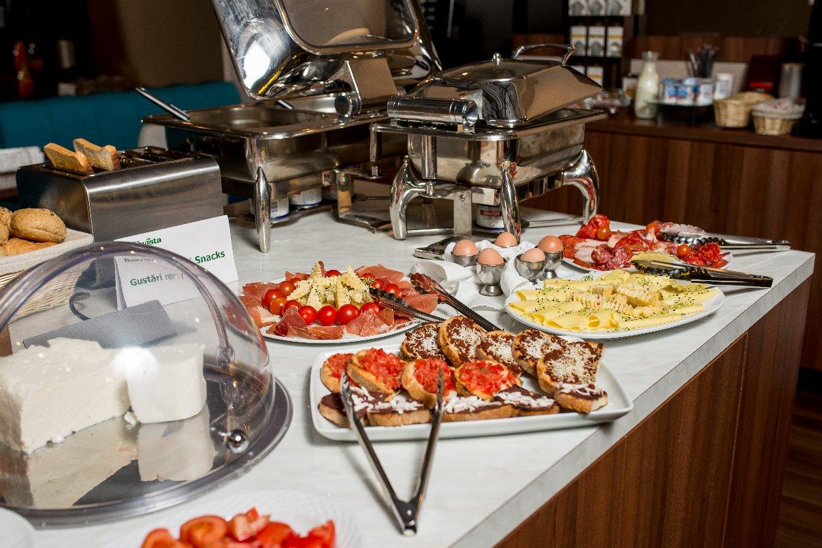 mic dejun breakfast boavista